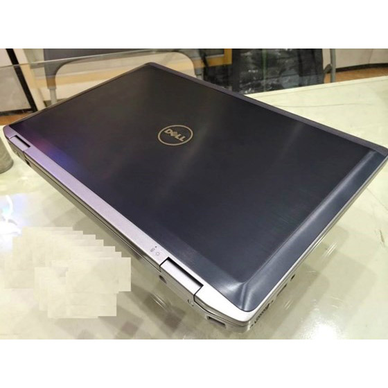 laptop Dell latitude Core i5 1
